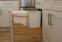 SOLLiD White Kitchens