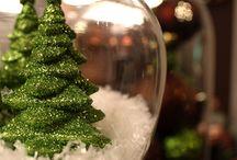 i love christmas / by Vicki Xinos