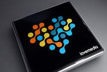 Comunicación, eventos e imprentas / Ejemplos de diseño de logotipos realizados en Logoestilo para empresas de comunicación y medios: Agencias de publicidad, radio y televisión, etc...