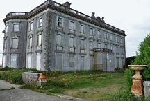 The EBS Top 7 Most Haunted Irish Houses / Happy Halloween! Are you buying a new home? Here are the kind of houses you'd want to avoid!