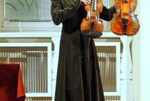 LUTY 2014 / ANIELSKIE SMYCZKI - ANNA ŚLIWA (FIDEL, POCHETTE, LIRA DA BRACCIO, VIOLA D'AMORE, SKRZYPCE BAROKOWE)