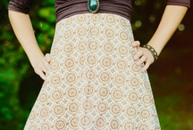 Fashion & Style / Women's fashions