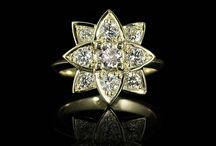 Yellow Gold and Gems / Yellow gold and gems