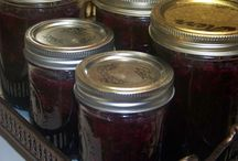 Sauces and Canning / by Tracy Logan