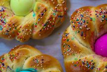 Easter Sunday / Easter is one our favorite holidays, especially when it comes to desserts & food. Here are some perfect Easter Recipes and fun! Make sure to check out our cookie tins and pans to make them in as well! www.thatsmypan.com