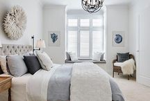 Classic Loves: A Hampton's Style Bedroom / https://interiorsonline.com.au/blogs/featured/how-to-create-a-classic-hamptons-style-bedroom