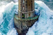 Világítótornyok