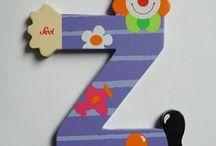 Houten letters / Mooi om een kamer mee te versieren.