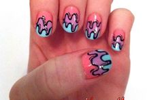 Nails nails nails / Crazy stuff i would never wear and wearable stuff too / by Alexis Bogen