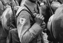Fallschirmjager and Myslivci