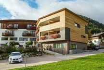 Hotels in der Ferienregion Kronplatz / Genießen sie einen toller Ausblick von Ihrem Hotel aus auf den Kronplatz und die Dolomiten. Ihr exklusives Hotel im schönen Pustertal verspricht Traumferien in Traumlage!