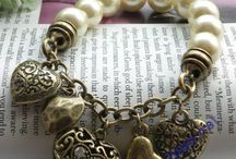 Jewelry Ideas / Want to try some of these.  / by Lynn Speegle