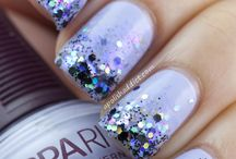 Pretty Nails! / by Iva L
