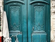 beauty of captivating doors / by Chellie Gordon