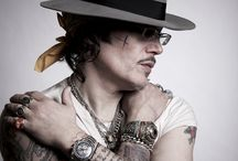Adam Ant / Pics of my hero that I've found on the internet or taken at gigs.