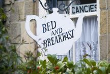 Bed n breakfast signs