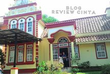 Review Wisata