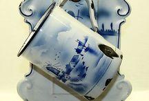Vintage Enamelware & Tins / alte Emaillesachen,und Blech-Metalldosen. / by Ursula B.