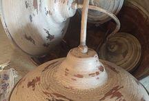 restauro / Diamo nuova vita a oggetti recuperati durante i nostri viaggi e li restauriamo grazie ai nostri fidati artigiani per arredare le vostre case.