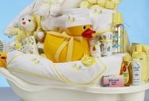Gift Basket Ideas / by Chaeli Marie Nylund