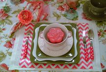 Mother's Day Tablescape Table Setting Idea.