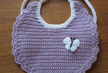 Crochet bebé bibs