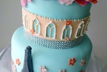 Cakes/Cupcakes/Desserts / by Angie Gogerty
