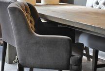Olav Home / Olàv Home Collectie brengt de landelijke sfeer bij u in huis. De combinatie van hoogwaardige materialen en het hedendaagse comfort creëren de authentieke en exclusieve landelijke uitstraling van de Olàv Home Collectie.