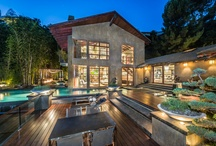 Contemporary Architecture / Featuring Contemporary style architectural homes represented by Hilton & Hyland