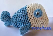 plarn crochet projects / recycling plastic bags crocheted riciclo buste plastica lavorate all'uncinetto