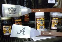 Foodie Gift Guide / Gifts a foodie in the family will love for this Holiday Season.