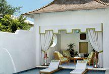 Beach house pools