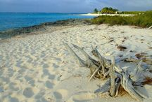 Caribbean Travel Inspiration / A short stay in the Caribbean is the perfect way to begin or end a Latin America adventure. Relax in a hammock, swim in the turquoise sea or snorkel over the beautiful coral reefs in some of the world's most beautiful and idyllic beaches and islands with Veloso Tours