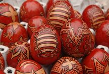 pysanky / kraslice / uskrsna jaja / húsvéti tojás / margučiai / decorated Easter eggs from various Eastern European contries (for Polish pisanki, go to this board: https://pinterest.com/lamusdworski/poland-pisanki/ )