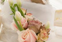 Hedingham Castle Wedding Flowers / Jades flower designs at Hedingham Castle
