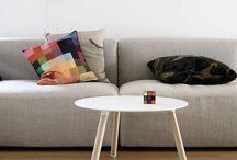 FORMRREDO DUE - KRISTALIA / A Lissone ( Milano - Monza e Brianza ) la Formarredo Due è rivenditore KRISTALIA.   Tantissime soluzioni per tavoli, sedie, sgabelli, poltrone, librerie e complementi d'arredo.  Offriamo anche servizi per lo studio e la progettazione d'interni: cucine, camere, bagni, letti, soggiorni, salotti. Vendita e consegna di mobili e cucine in Italia, Svizzera, Europa, Nord Africa e Medio Oriente