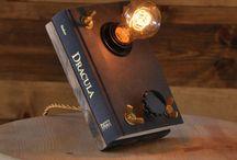 lampa z książki