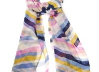 Spring and Summer Scarves / Lots of ideas for way to accessorise your Spring and Summer outfits