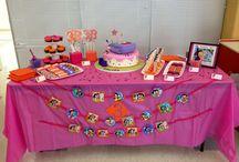 Dora birthday party / Ideas for Nicole's 3rd birthday party - Dora the explorer.