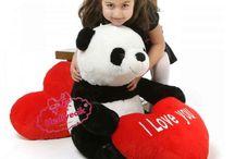 Peluş Kalpli Panda