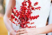 Bridesmaid Bouquets - Winter / @FlourishMcr