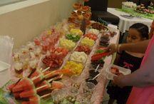 Mesa de dulces piñata