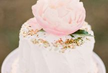 Wedding Cake Ideas / by Anna Henderson