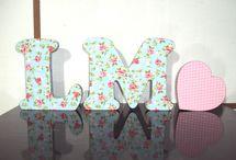 Letras decorativas / Nossas letras são em mdf totalmente revestido com tecido algodão para deixar a sua decoração ainda mais charmosa!