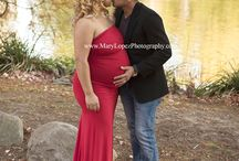 Maternity Photo Sessions by Mary Lopez Photography / Mary Lopez Photography in Central Park, New York City.