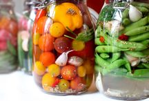 Pickles, salads and vegetable side dishes