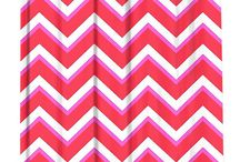 SHOWER CURTAINS WITH PATTERN