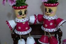 Keramika- květináčky