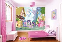 My little pony and beds and rooms / Its mlp and beds or both combined