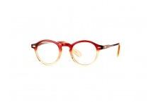 Glasses / by Jillianne Hamilton